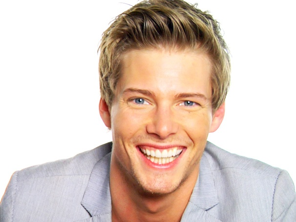 Godspell Star Hunter Parrish on Zac Efron, Getting Naked & What He Sings in the Shower