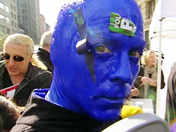 Watch Blue Man Group Help Raise Funds and Enrage Clay Aiken on Celebrity Apprentice