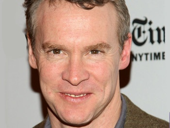 Tate Donovan, Josh Hamilton & More Set for Kenneth Lonergan's Medieval Play