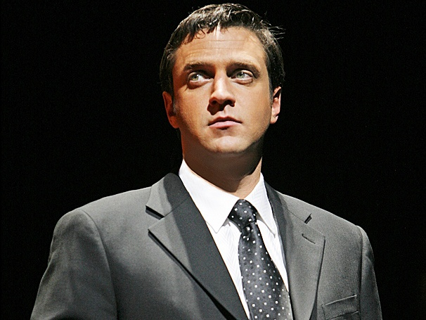 Weekend Poll Top Three: Fans Rank Their Favorite Musical Numbers from Leap of Faith Star Raúl Esparza