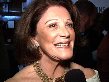 Meet the Matriarch! Linda Lavin & Co. Celebrate the Opening of The Lyons 