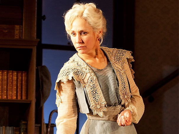 Laurie Metcalf on Her Triumphant London Star Turn in Long Day's Journey Into Night
