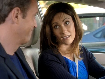 Tony Winner Laura Benanti Drives Matthew Perry Crazy on NBC's Go On