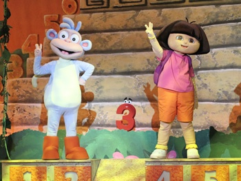 Nickelodeon's Dora the Explorer LIVE! Search for the City of Lost Toys Heading to the West End