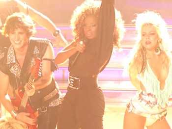 Watch Julianne Hough, Mary J. Blige & the Cast of the Rock of Ages Movie Sing '80s Hits on Dancing With the Stars
