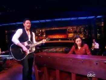 See Steve Kazee, Cristin Milioti & the Cast of Once Take The View by Storm