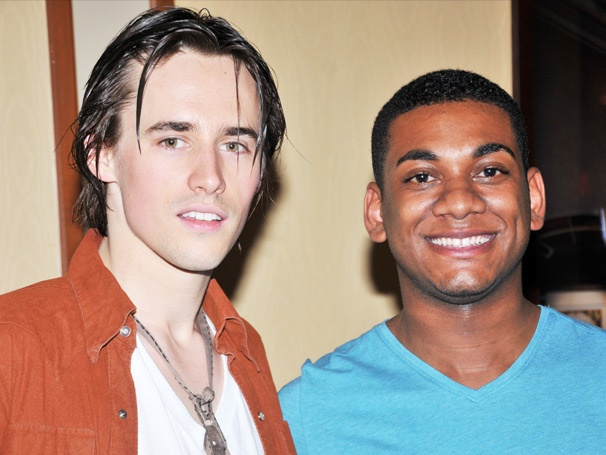 American Idol's Joshua Ledet Bounces Off the Walls With the Stars of Spider-Man