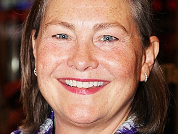 Tony Winner Cherry Jones to Star in The Glass Menagerie at American Repertory Theater