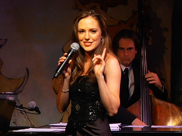 Sneak a Peek at Broadway Sweetheart Laura Osnes' 'Intimate' Club Act at Cafe Carlyle