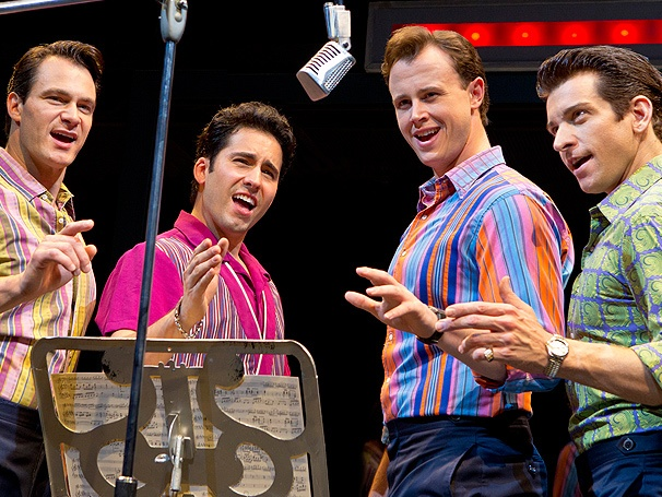 Back in Jersey! Take a First Look at the Return of Tony Winner John Lloyd Young in Jersey Boys
