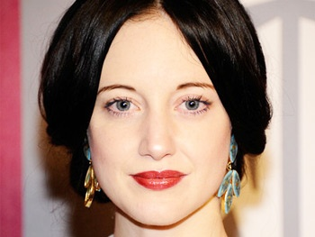 Andrea Riseborough in Talks For August: Osage County Film, Starring Meryl Streep & Julia Roberts