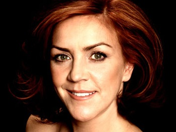 Annie Icon Andrea McArdle Begins Run in Off-Broadway Spoof NEWSical the Musical