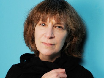 Tony Winner Amanda Plummer Joins Hunger Games Movie Sequel Catching Fire