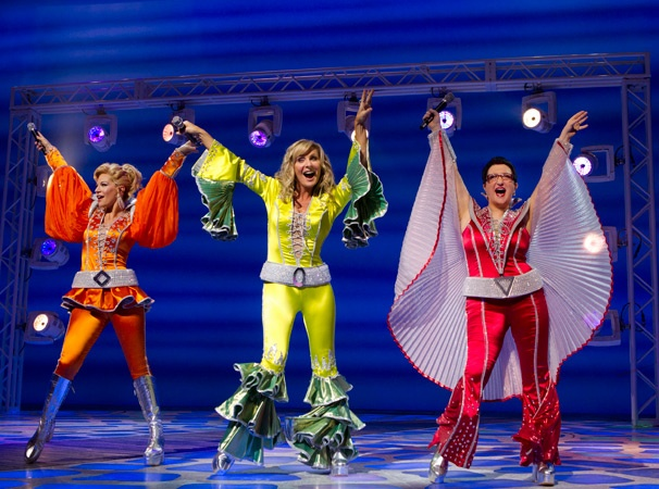 Get a First Look at the New Cast of Mamma Mia!, Led By Judy McLane