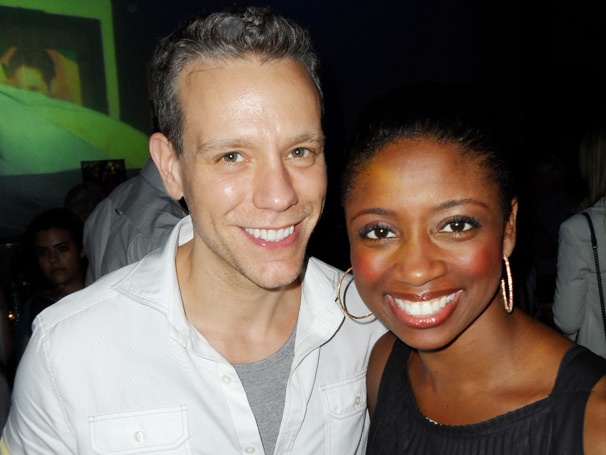 Adam Pascal & Montego Glover Show Big Love on Their Last Day in Memphis!