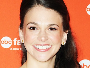 Sutton Foster on Googling the Bunheads Script, Idolizing Kelly Bishop & Loving Life in L.A.