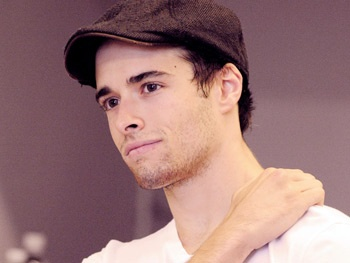 Newcomer Corey Cott to Replace Tony Nominee Jeremy Jordan in Newsies
