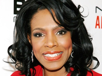 Dreamgirls TV Mashup! Sheryl Lee Ralph Will Play Jennifer Hudsons Mom on Smash