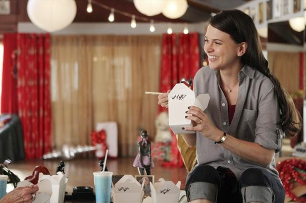 Barre Hopping: Sutton Foster Causes a Nutcracker Disaster on the Season Finale of Bunheads