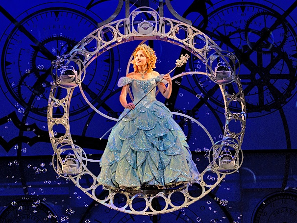 Jeanna de Waal Talks About Her 'Addiction' to Being 'Popular' in the National Tour of Wicked