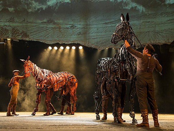 National Tour of War Horse Gallops into Atlanta
