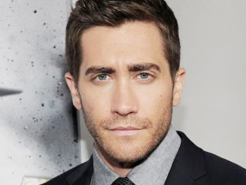 Jake Gyllenhaal on 'Taking Risks' Onstage and Feeling Dazzled by Patti LuPone