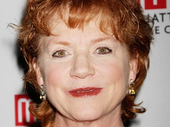 Becky Ann Baker, Peter Friedman & More Set For Amy Herzog's The Great God Pan at Playwrights Horizons