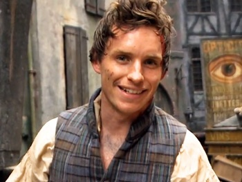 Tony Winner Eddie Redmayne Brings Fans Inside the Battlefield of Les Miserables