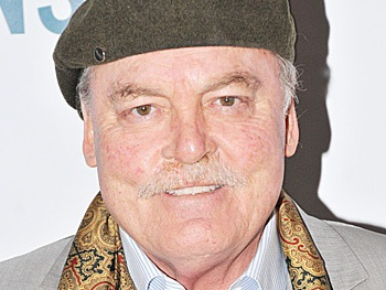 Stacy Keach to Appear on ABC's Alien Comedy The Neighbors