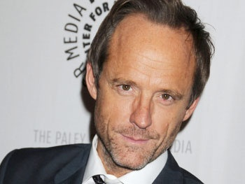 Tony Winner John Benjamin Hickey Lands Leading Role in CW Family Drama Blink