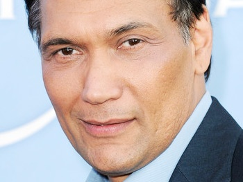 Jimmy Smits Set For The Motherf**ker With the Hat at Chicago's Steppenwolf Theatre Company