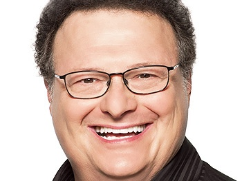 From Seinfeld to Santa! Wayne Knight Joins the Cast of Elf