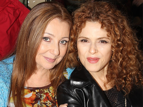 Donna Murphy, Bernadette Peters, Steve Kazee & More Greet Fans at the 2012 Broadway Flea Market