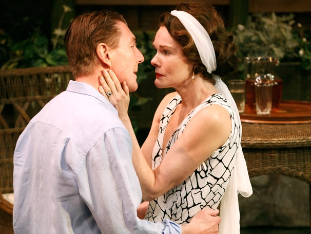 Ten Chimneys, Starring Carolyn McCormick & Byron Jennings, Ends Off-Broadway Run Early