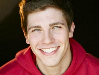 Curt Hansen to Woo Ariana Grande in A Snow White Christmas at Pasadena Playhouse