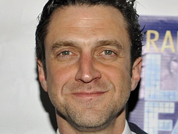 Fifty Shades of Esparza! Tony Nominee Raul Esparza to Star in Erotic Novel-Themed Law & Order: SVU Episode