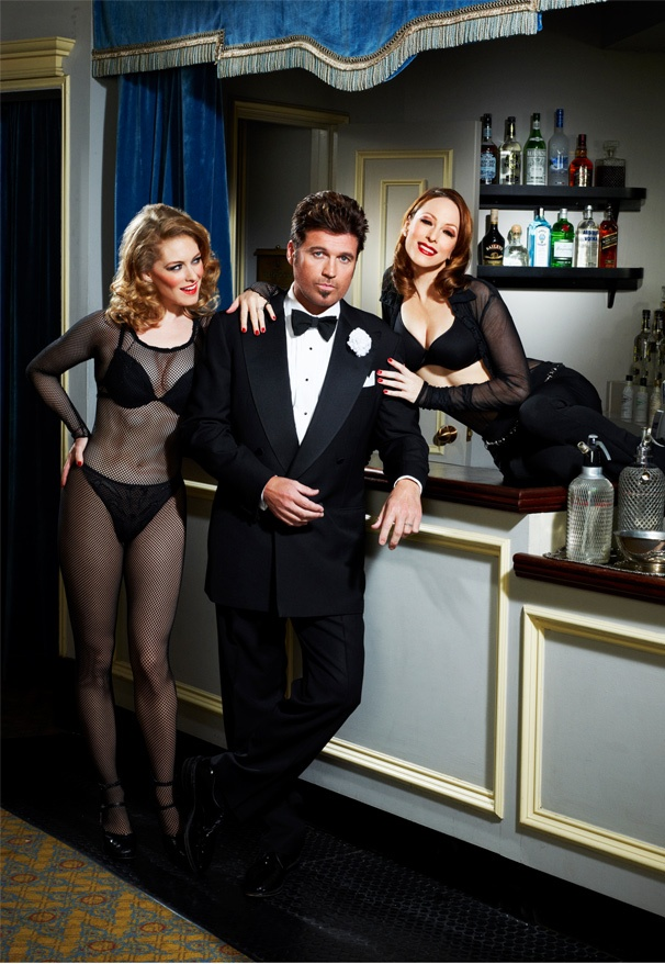 First Look! Billy Ray Cyrus Gets Ready to Razzle Dazzle as Billy Flynn in Chicago