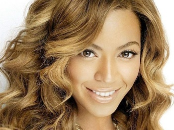 Beyonce Departs Clint Eastwoods A Star Is Born Remake