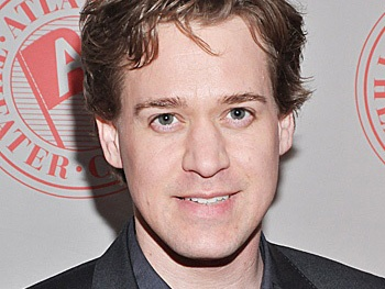 T.R. Knight to Play Politics on The Good Wife