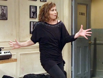 'Ka-Conk!' Watch Christina Applegate Channel a Fosse-Obsessed Choreographer on SNL