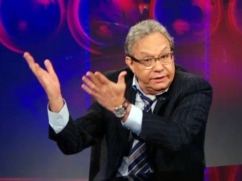 Lewis Black Returns to The Daily Show to Rip on the Lance Armstrong Scandal and Stupid College Students