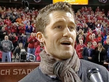 Watch Glee's Matthew Morrison Deliver a Grand Slam Rendition of the National Anthem