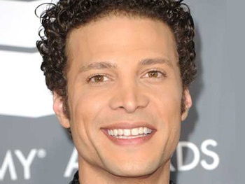 Justin Guarini, Jill Paice, Lauren Molina and More Join It's A Wonderful Life at Bucks County Playhouse