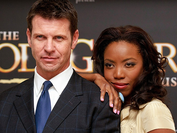 Lloyd Owen on Stepping Into Kevin Costner's Title Role in the West End Musical The Bodyguard