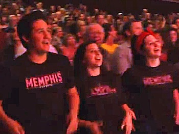 Memphis Features Flash Mob Finale on Opening Night in Costa Mesa
