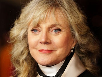 Blythe Danner Begins Run As Matthew Brodericks Kooky Mother in Nice Work If You Can Get It