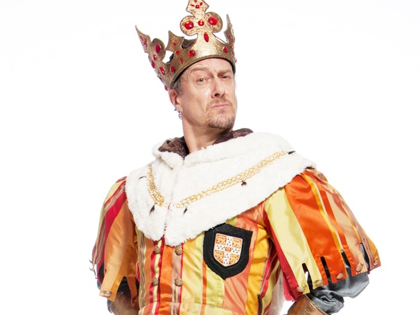 British TV Favorite Stephen Tompkinson on Donning King Arthur's Crown in a Rebooted West End Spamalot