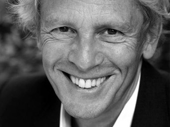 Paul Nicholas Joins Betty Buckley in West End Premiere of Dear World