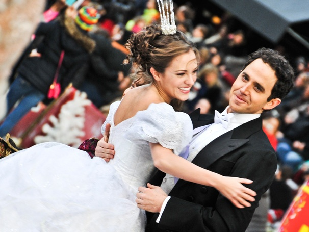 Exclusive! See Laura Osnes Turn Princess for Cinderella's Big TV Debut on the Macy's Thanksgiving Parade