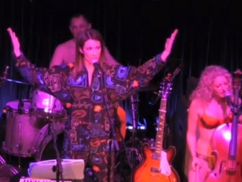 Watch Laura Benanti Get 'Bootylicious' at Lauren Molina's Skivvies Concert
